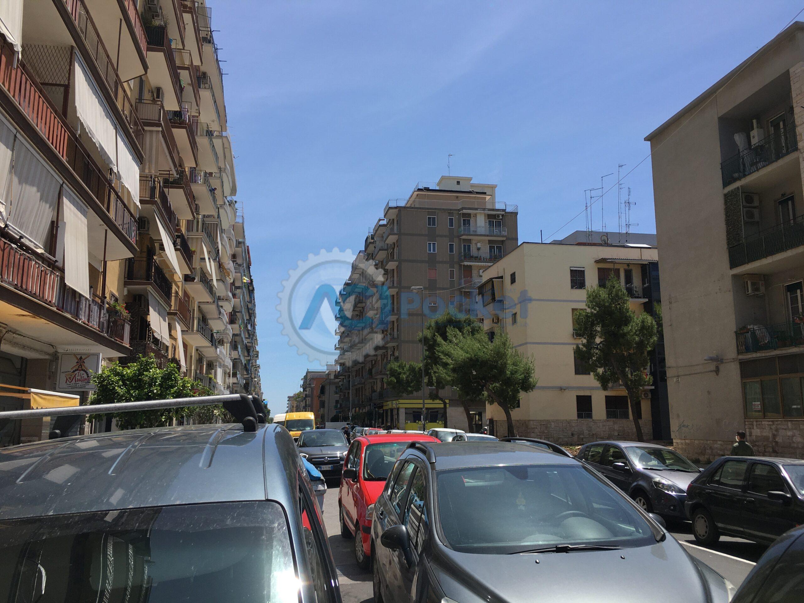 Inquinamento: in Italia i veicoli su gomma responsabili del 92,6% dello smog da trasporti