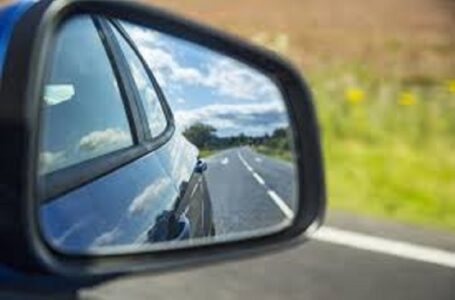 Coronavirus, viaggi in auto: come funzionano tra persone non coviventi?