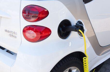 Decreto semplificazioni, meno autorizzazioni per installare le colonnine elettriche
