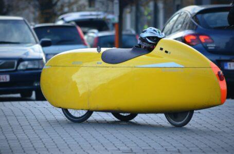 Velomobile, l'auto elettrica con i pedali