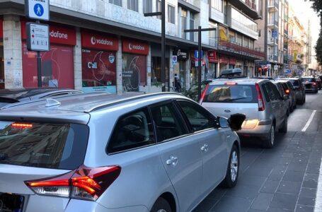 Controlli a tappeto della polizia stradale nel Barese: nell'ultima settimana di gennaio 30 multe e 3 sequestri