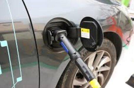 Auto elettriche e obiettivi mobilità green, la svolta passa dalle batterie a stato solido