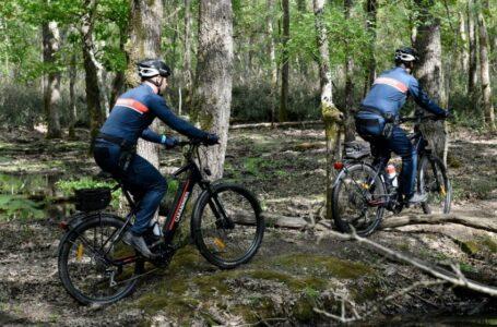 Mobilità, gli agenti pedalano green: ecco la nuova e-bike per l'Arma dei Carabinieri