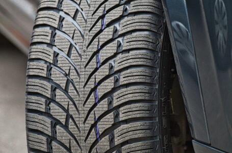 Auto, c'è tempo sino al 15 maggio per sostituire le gomme invernali. Ecco per quali veicoli
