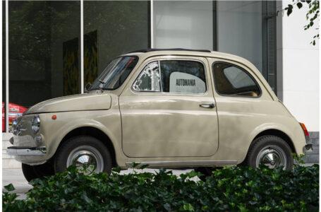 """L'iconica Fiat 500 presente ad """"Automania"""", la mostra del Museum of Modern Art di New York"""